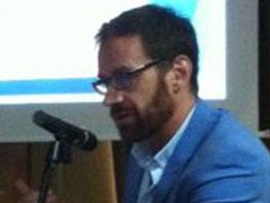 Alfonso León, director de la Fundación Miguel Delibes, expuso las características del proyecto