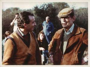 Miguel Delibes con Juan Diego. Rodaje de Los santos inocentes, 1984.