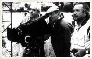 Miguel Delibes junto al director Antonio Giménez Rico. Rodaje de Las ratas, 1997.